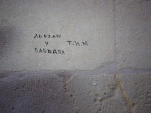 Escritura en la pared del Convento de las Monjas de la Sangre, fotografiada el 27/12/2013