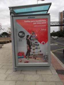 16 anuncio empresa telefonica parada autobus avda denia