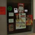 Aquí en esta fotografía vemos un claro ejemplo de anuncios de comercios. En este caso pertenece a un establecimiento de venta de pollos asados y pizzas donde muestran en su […]