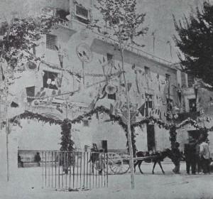 Ayuntamiento con abertura de la acequia mayor