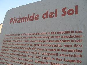 Texto en náhuatl, en Teotihuacán.