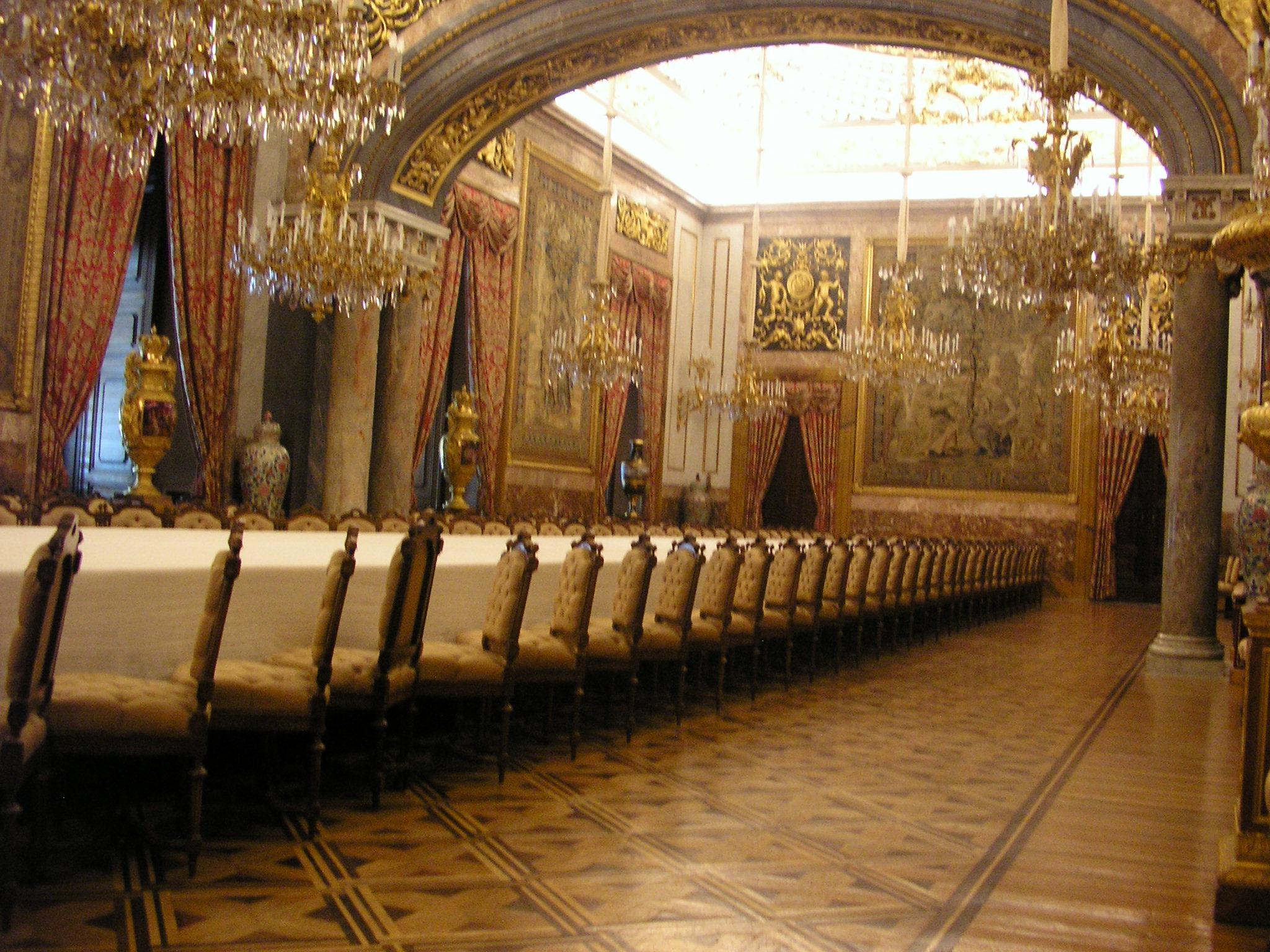 Detalle Del Edificio Palacio Real En Madrid Palacios Reales #2A67A1 2048 1536 Sala Da Pranzo Antica Roma