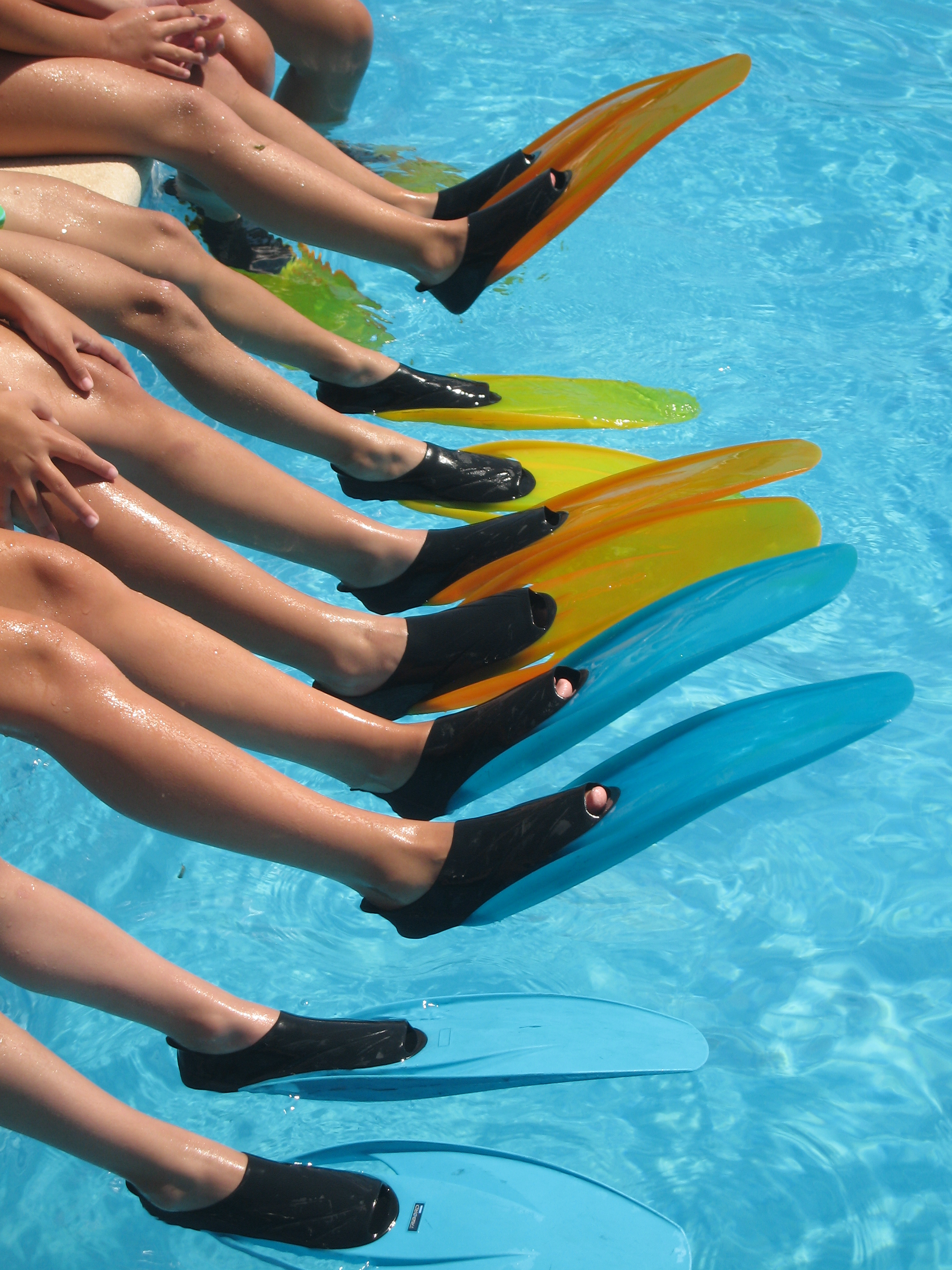 Nadar con aletas para adelgazar