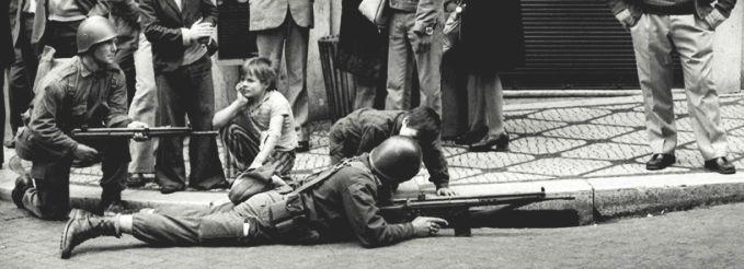 25 de abril de 1974 - Revolución de los Claveles