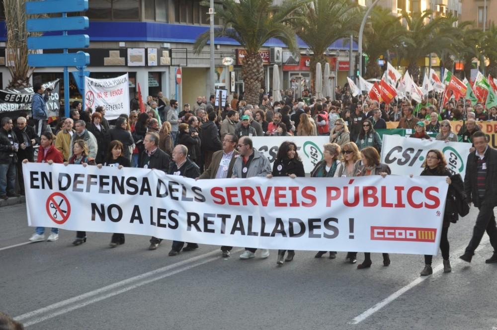 Manifestación contra los recortes en los servicios públicos