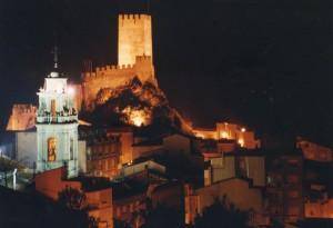 Vista nocturna de Banyeres de Mariola